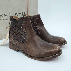 Bed Stu Leather Baylene Chelsea Bootie, 7.5 Brown